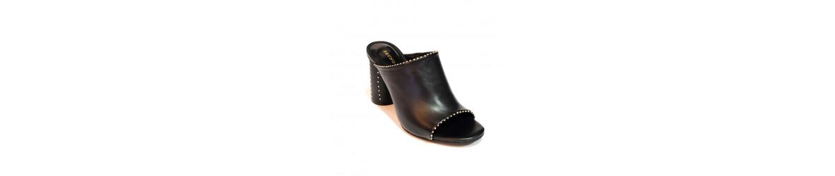 chaussures femmes mules plates, à talons, compensées mode bohème chic