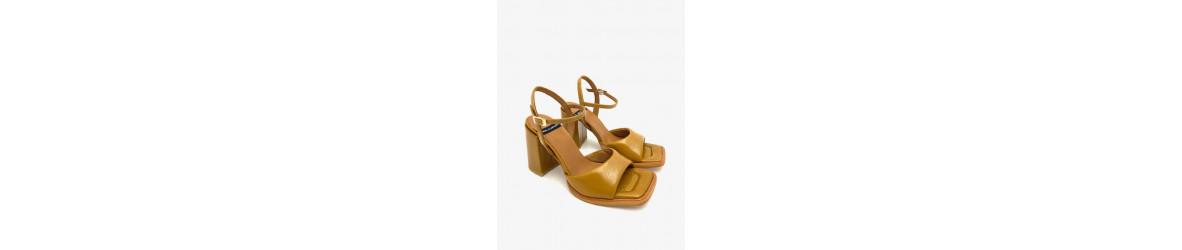 Sandales à talons , plates, compensées , strass, lacets,dentelles,